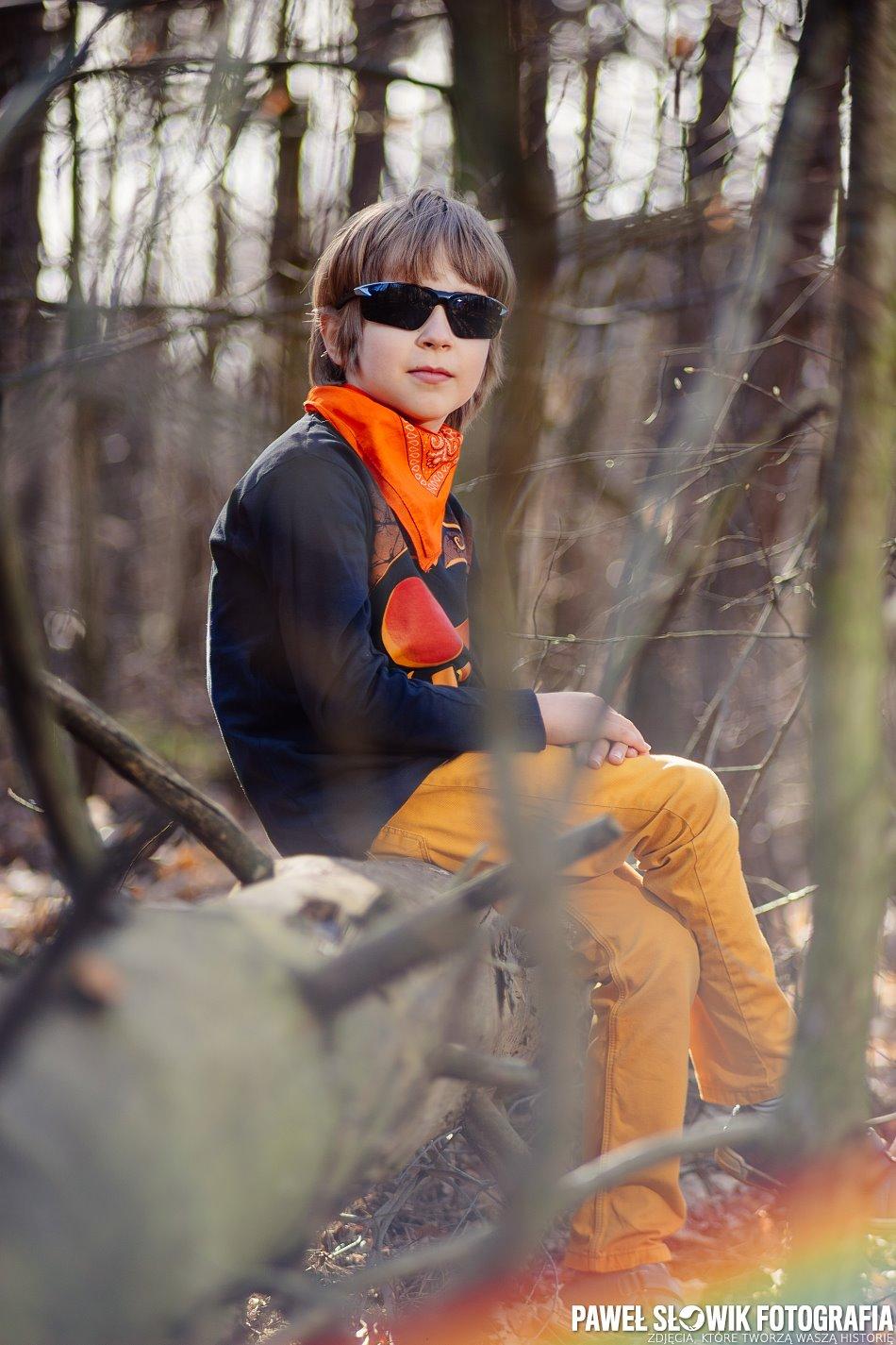 Dobry fotograf Izabelin [Sony A7, Auto Revuenon 135mm f2.8 m42 @ 135mm, f2.8]