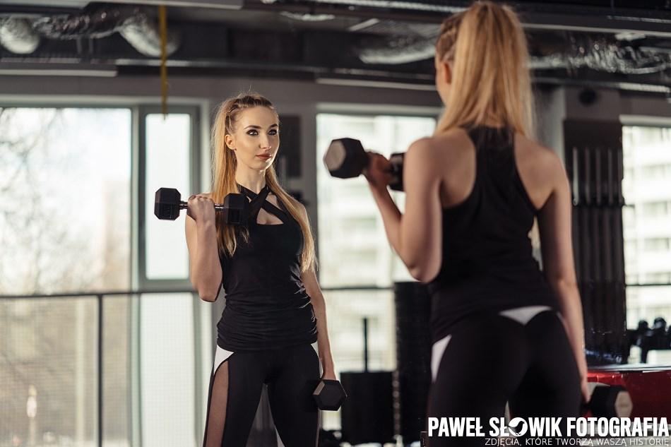 fotografia fitness jak błyskać